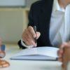 Fallstricke bei einer juristischen Übersetzung – Vorteile eines Experten